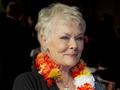 News video: Judi Dench 'Bewitched' by India